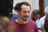 Stefano Accorsi - Reggio Emilia - 15-07-2017 - Stefano Accorsi lavora sul set, il piccolo Lorenzo lo guarda!