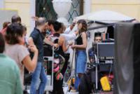 Kasia Smutniak - Reggio Emilia - 15-07-2017 - Stefano Accorsi lavora sul set, il piccolo Lorenzo lo guarda!