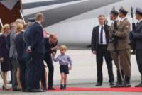 Princess Charlotte, Prince George, Principessa Charlotte Elizabeth Diana, Principe George, Prince William, Catherine, Principe William, Kate Middleton - WARSAW - 17-07-2017 - Baby George in Polonia: la danza del disagio e imbarazzo