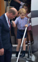 Principe George, Principe William - WARSAW - 17-07-2017 - Baby George in Polonia: la danza del disagio e imbarazzo