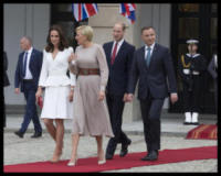 ROYALS, Principe William, Kate Middleton - WARSAW - 17-07-2017 - Baby George in Polonia: la danza del disagio e imbarazzo