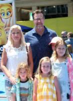 Liam McDermot, Finn McDermott, Hattie McDermott, Dean McDermott, Tori Spelling - Los Angeles - 23-07-2017 - Le star che si sono sposate due volte con la stessa persona