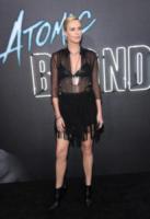 Charlize Theron - Los Angeles - 24-07-2017 - Charlize Theron, Atomic Blonde di nome e di fatto