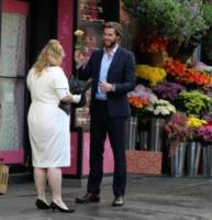 Rebel Wilson, Liam Hemsworth - New York - 27-07-2017 - New York: Liam Hemsworth, un cavaliere perfetto
