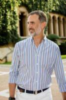 Re Felipe di Borbone - Palma de Mallorca - 31-07-2017 - Felipe e Letizia di Spagna, gruppo di famiglia in... esterna!