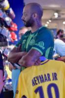 Tifosi Neymar - 04-08-2017 - Neymar, manca il transfer del Barcellona: nessun esordio col Psg