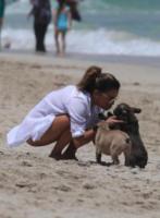 Eva Longoria - Miami Beach - 06-08-2017 - Eva Longoria-José Baston, due piccioncini al mare
