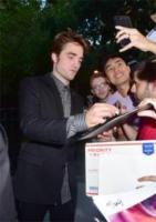 Robert Pattinson - New York - 08-08-2017 - Per Robert Pattinson, i Good Times sono solo sul red carpet