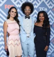 Johnathan Fernandez, Keesha Sharp, Jordana Brewster - West Hollywood - 08-08-2017 - Vanessa Hudgens brilla sul red carpet degli TCA Awards 2017
