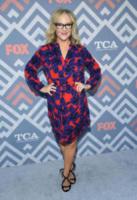 Rachael Harris - West Hollywood - 08-08-2017 - Vanessa Hudgens brilla sul red carpet degli TCA Awards 2017