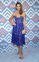 Tricia Helfer - West Hollywood - 08-08-2017 - Vanessa Hudgens brilla sul red carpet degli TCA Awards 2017