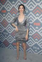 Emma Dumont - West Hollywood - 09-08-2017 - Vanessa Hudgens brilla sul red carpet degli TCA Awards 2017