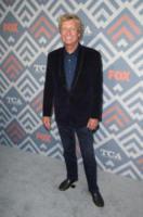 Nigel Lythgoe - West Hollywood - 09-08-2017 - Vanessa Hudgens brilla sul red carpet degli TCA Awards 2017