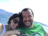 Matteo Salvini, Elisa Isoardi - Modena - 02-07-2017 - Elisa Isoardi risponde a Salvini con un anello di fidanzamento