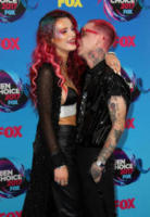 Matthew Musto, Bella Thorne - Los Angeles - 14-08-2017 - Teen Choice Awards: a Los Angeles si celebrano i divi del futuro