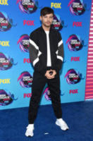Louis Tomlinson - Los Angeles - 13-08-2017 - Teen Choice Awards: a Los Angeles si celebrano i divi del futuro