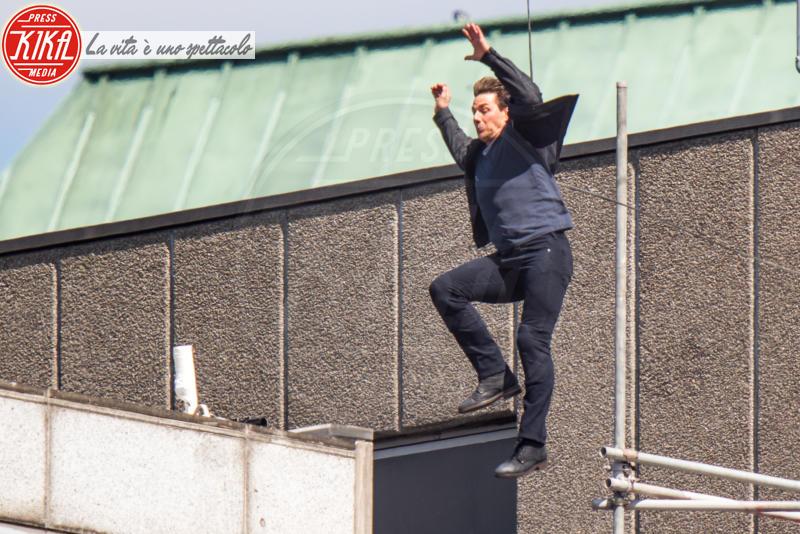Tom Cruise - Londra - 13-08-2017 - Mission: Impossible, l'incidente di Tom Cruise. Le immagini