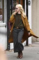 Emma Stone - New York - 14-08-2017 - Emma Stone svela il suo nuovo look sul set di Maniac