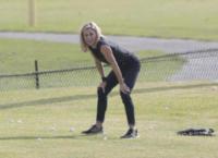 Julie Bowen - Los Angeles - 14-08-2017 - Modern Family, Julie Bowen si fa in quattro per il golf