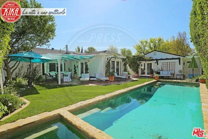 Casa Selena Gomez - Studio City - 23-08-2017 - Sognare non costa nulla: ecco le piscine delle star