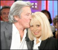 Mireille Darc, Alain Delon - Parigi - 19-10-2005 - Addio a Mireille Darc: morta l'ex compagna di Alain Delon