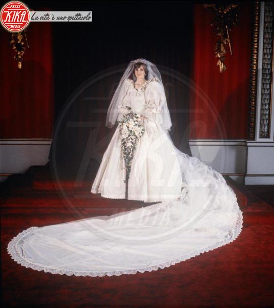 Lady Diana - 29-07-1981 - Da Kate a Lady D, gli abiti da sposa Windsor più belli