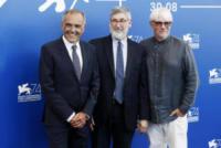 Alberto Barbera, Ricky Tognazzi, John Landis - Venezia - 30-08-2017 - Venezia 2017: l'arrivo della giuria al Lido