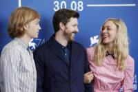 Charlie Plummer, Andrew Haigh, Chloe Sevigny - Venezia - 01-09-2017 - Venezia 74: Chloe Sevigny in vichy al photocall di Lean on Pete