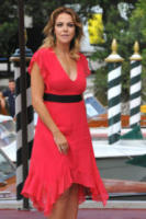 Claudia Gerini - Venezia - 02-09-2017 - Venezia 74, la scollatura di Chiara Ferragni conquista il Lido