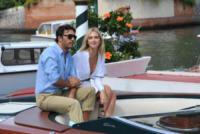 Lorenzo Serafini, Chiara Ferragni - Venezia - 02-09-2017 - Venezia 74, la scollatura di Chiara Ferragni conquista il Lido