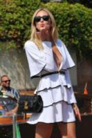Chiara Ferragni - Venezia - 02-09-2017 - Venezia 74, la scollatura di Chiara Ferragni conquista il Lido