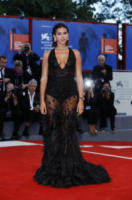 Bruna Marquezine - Venezia - 03-09-2017 - Venezia 75: sotto il vestito poco, anche quest'anno!