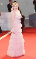 Kirsten Dunst - Venice - 04-09-2017 - Chi lo indossa meglio? Millie Bobby Brown e Kirsten Dunst