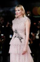 Kirsten Dunst - Venezia - 04-09-2017 - Venezia 74: tutta la bellezza (a pois) di Kirsten Dunst