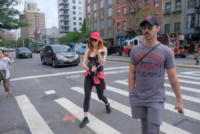 Sophie Turner, Joe Jonas - Manhattan - 07-09-2017 - Sophie Turner, il cagnolino in braccio come un bimbo