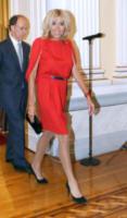 Brigitte Macron, Brigitte Macron - Atene - 07-09-2017 - Living Coral, è questo il colore del 2019!