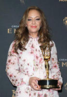 Leah Remini - Los Angeles - 10-09-2017 - Creative Arts Emmy: sul red carpet anche Asia Argento