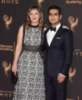 Emily Gordon, Kumail Nanjiani - Los Angeles - 10-09-2017 - Creative Arts Emmy: sul red carpet anche Asia Argento