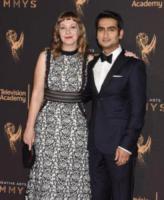 Emily Gordon, Kumail Nanjiani - Los Angeles - 10-09-2017 - Creative Arts Emmy: sul red carpet anche Asia Argento