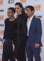 Maddox Jolie-Pitt, Pax Jolie-Pitt, Angelina Jolie - Toronto - 11-09-2017 - Angelina Jolie, la premiere è un affare di famiglia
