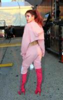 Bella Thorne - New York - 10-09-2017 - Tuta da ginnastica e tacchi alti? C'è chi può!