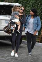 Silas Randall Timberlake, Jessica Biel - Los Angeles - 16-09-2017 - Jessica Biel bacia sulla bocca il figlio: scoppia la polemica