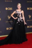 Julianne Hough - Los Angeles - 17-09-2017 - Emmy 2017: gli stilisti sul red carpet