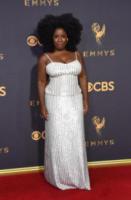 Uzo Aduba - Los Angeles - 17-09-2017 - Emmy 2017: gli stilisti sul red carpet