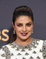 Priyanka Chopra - Los Angeles - 17-09-2017 - Emmy 2017: come brillano i gioielli delle star!