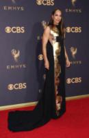 Amanda Brugel - Los Angeles - 17-09-2017 - Emmy 2017: le dive viste fronte e retro