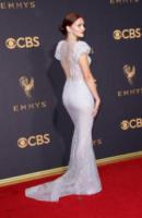 Madeline Brewer - Los Angeles - 17-09-2017 - Emmy 2017: le dive viste fronte e retro
