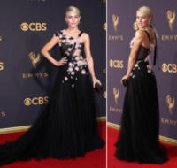 Julianne Hough - 18-09-2017 - Emmy 2017: le dive viste fronte e retro