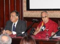 Leoluca Orlando, Dalai Lama - Palermo - 18-09-2017 - Il Dalai Lama a Palermo, fedeli in delirio