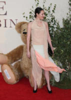 Phoebe Waller-Bridge - Londra - 20-09-2017 - Margot Robbie romantica per la prima di Addio Christopher Robin